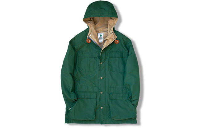 7910 MOUNTAIN PARKA_(Green).jpg